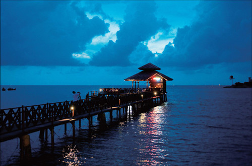 如何从新加坡乘轮渡到民丹岛