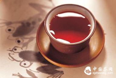 红茶养生 养胃消炎过秋冬