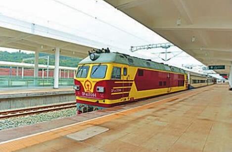 下月可坐火车直达重庆