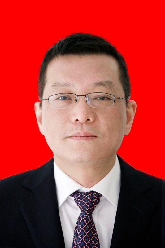 市委书记:冯键