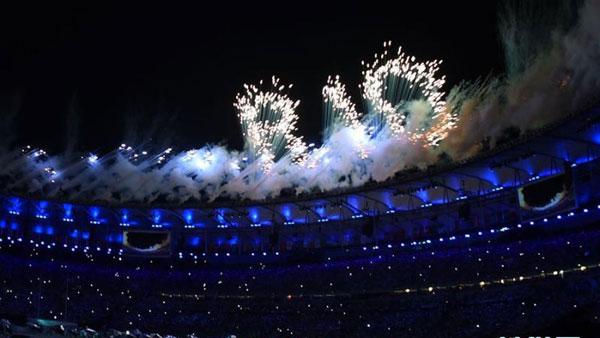 里约奥运会开幕式举行 舞台表演绚丽夺目