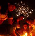 印度排灯节抵制中国货:别让光明倒退回黑暗
