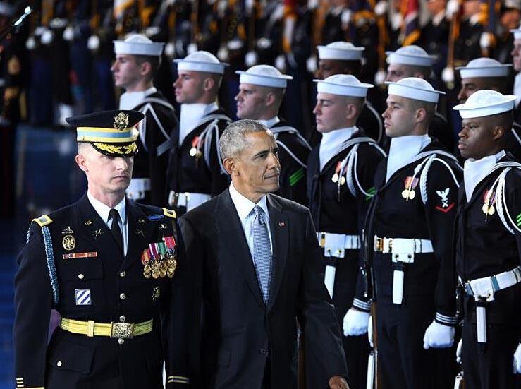 美国军方为奥巴马举行欢送仪式