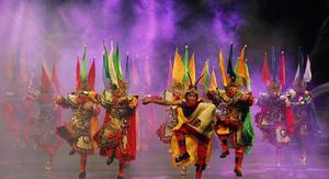 感受傳統非遺魅力 阿壩藏羌戲曲校園內精彩上演