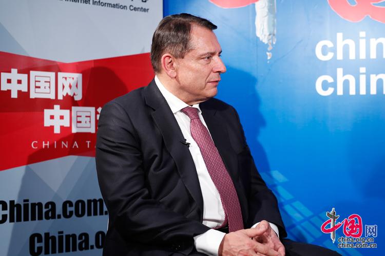 捷克前总理帕鲁贝克:中国期待和睦的世界秩序