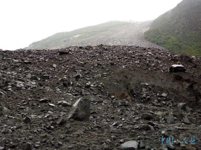 四川茂县山体垮塌 直击灾情现场与救援举措