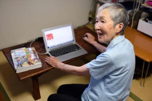 活到老学到老:82岁的她成最年长iPhone应用开发者