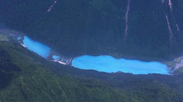九寨沟依然美丽 海子多数湛蓝如前